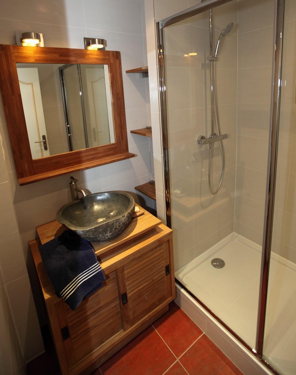 salle de bain meubles meubles pour la salle de bain. Black Bedroom Furniture Sets. Home Design Ideas