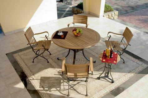 mobiliers de jardin salon de jardin en teck et r sine tress e table transat. Black Bedroom Furniture Sets. Home Design Ideas